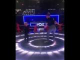 Ферги и Эксл на шоу The Four