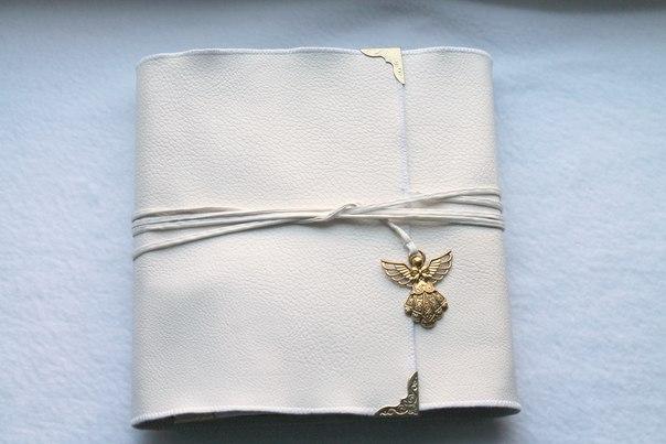 Мини-фотоальбом в винтажном стиле. Обложка из кожзама, 18 страниц…. (10 фото) - картинка