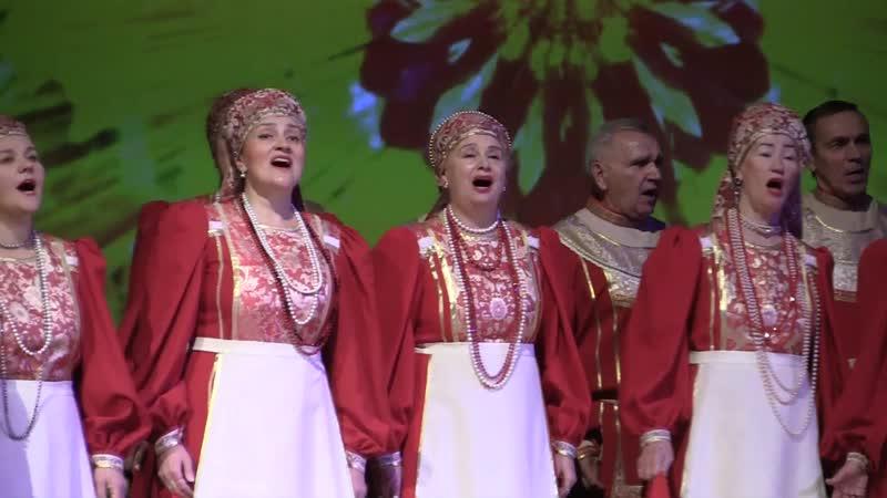 В культурном центре Солнечный- хор Околица