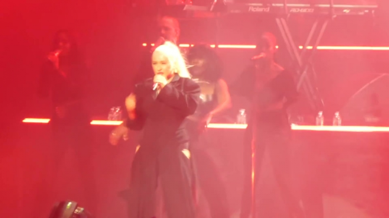 Christina Aguilera - Fighter (MGM National Harbor Oxon Hill, MD 30.09.2018)