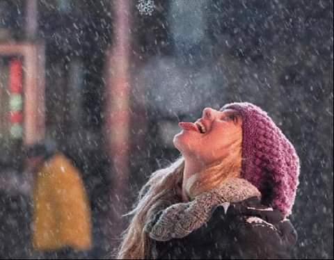 Лови снежинки языком Живешь себе, не особо беспокоясь о здоровье. Ну голова болит - выпил таблетку, температура третий день - тоже не проблема, антиколдов и фармацитронов полная аптека, на любой