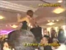 это свадьба была в Израиле,и они решили отметить вадьбу в день Ашуры (смерти имама Хусейна) и вот как их наказал Аллах!!