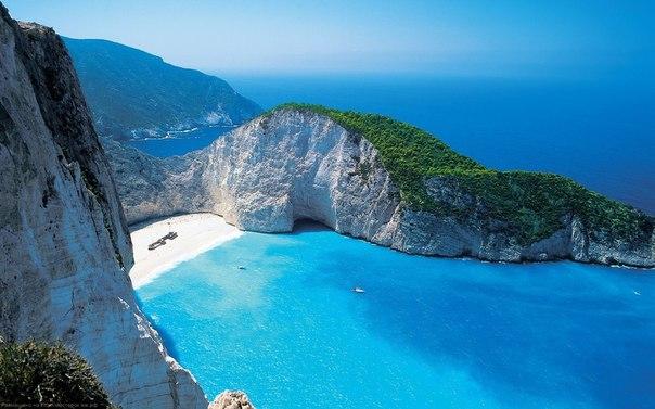Бухта Навагио, Остров Закинф, Греция.