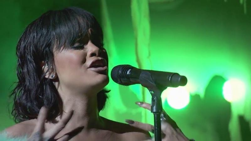 Rihanna - Love On The Brain (Live Billboard Music Awards) VIDEO