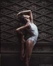 Очень пластичная балерина и модель Inès Joseph