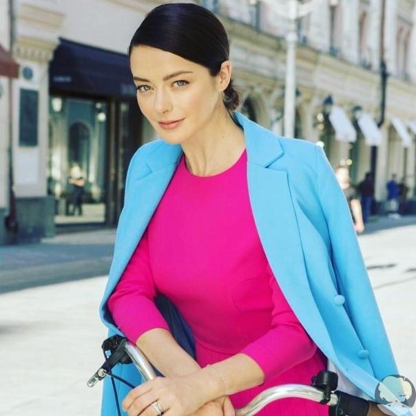 Марина Александрова впервые показала маленькую дочь
