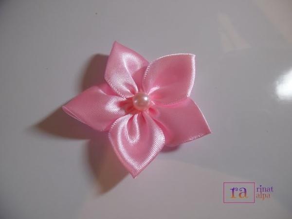 ✿ DIY satin ribbon rose flowers 04✿ تزيين جهاز العروسة - زهرة جميلة من ش