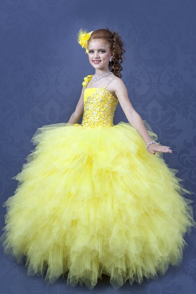 Модели платьев для девочек до года с выкройками