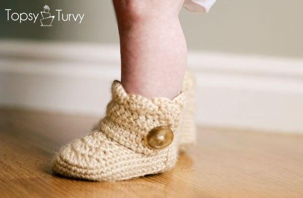 Вяжем теплую обувь ребенку
