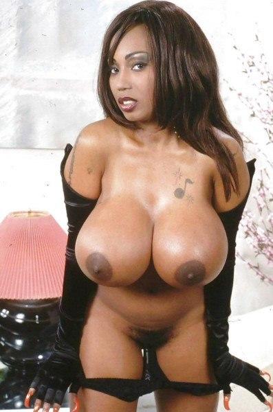 Homemade japanese woman oral pleasure bushy pussy