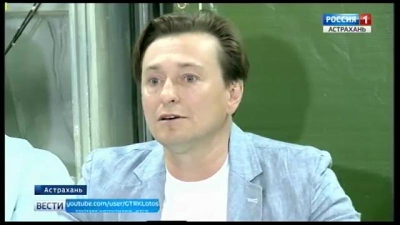 В Астрахани продолжаются гастроли Московского Губернского театра