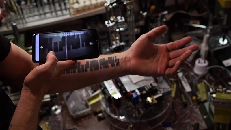 Звучащая татуировка и Xiaomi