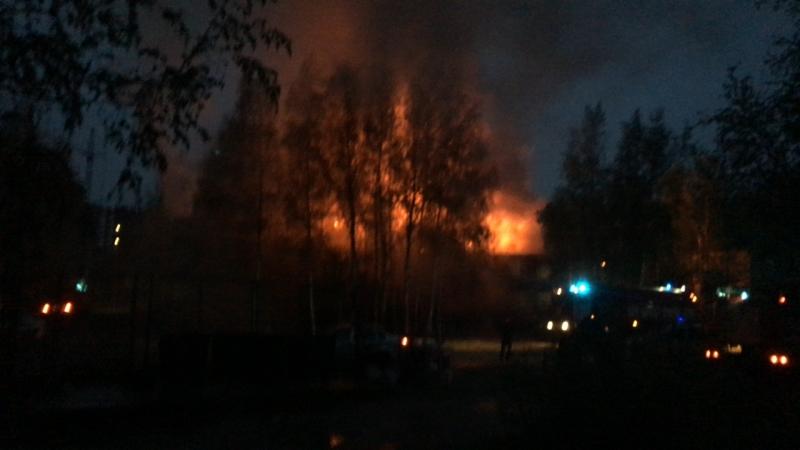 Пожар в Нефтеюганске(6-71)