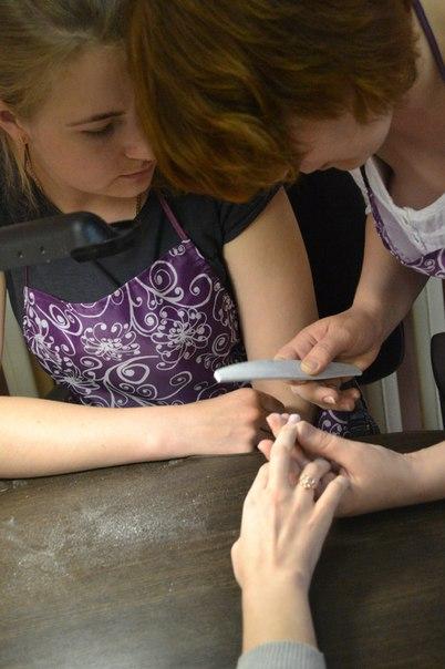 где выучится пройти курсы маникюра парикмахера в тюмени