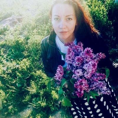 Анна Султанова