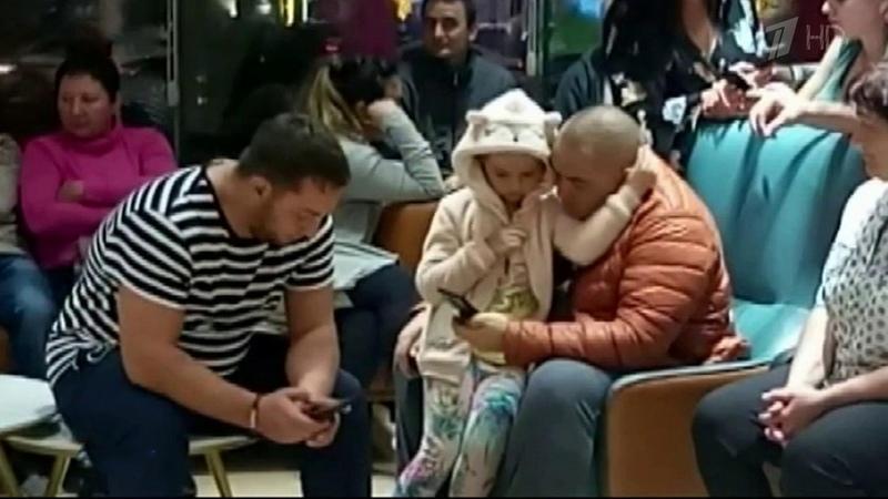 ВУфу сегодня вернулись около четырехсот российских туристов, застрявших наострове Хайнань. Новости. Первый канал