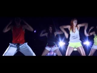 �������� �����������: Zumba� Fitness Poland - Ojitos chiquititos (reggaeton)
