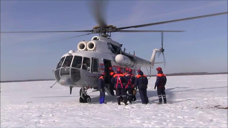 Беспарашютное десантирование спасателей МЧС