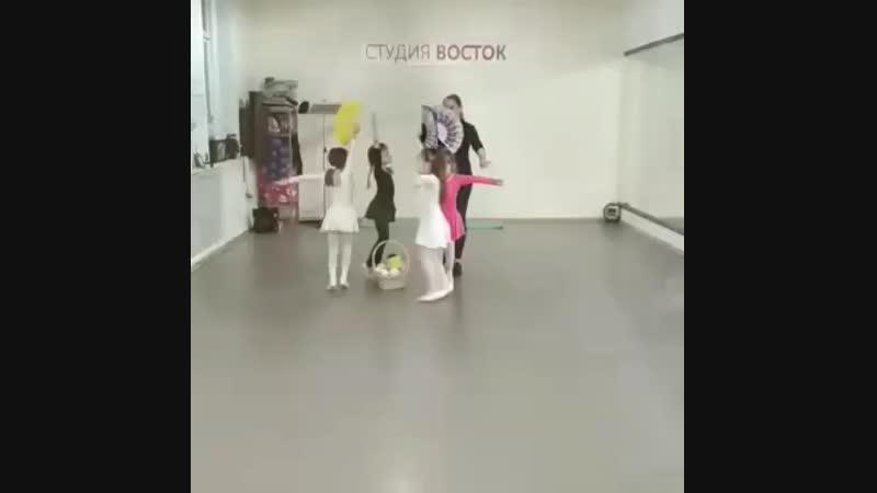 Студия хореографии Прекрасный мир танца Репетиция Совершенствуем свои навыки Дети 4 5 лет