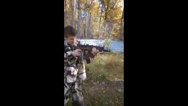 обучение молодых бойцов клуба Berkyt стрельбе из автомата Калашникова под чутким руководством!