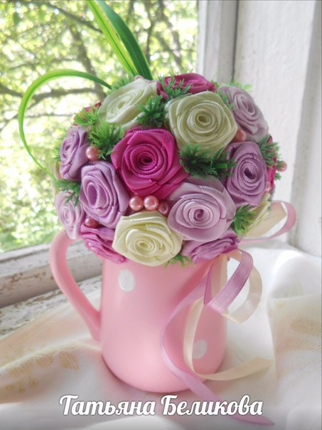 Поделки из роз из лент 8
