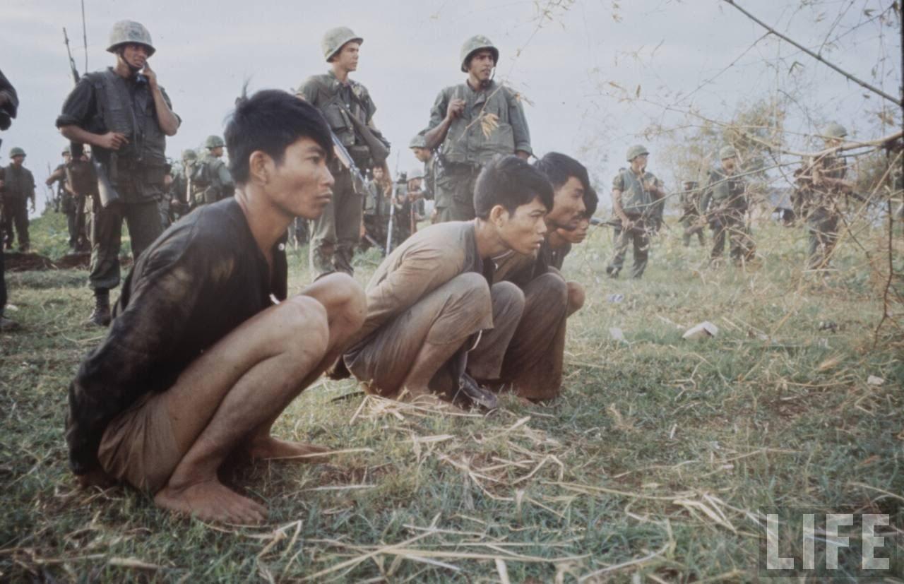 guerre du vietnam - Page 2 81zefm5YeNM