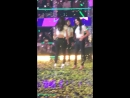 The performance ended but wendy kept on crouching while everyone's standinng already so joy told wendy about it LOL