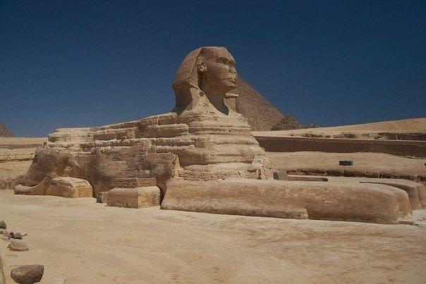 Загадки египетского Сфинкса: чем дальше копают, тем их больше. По мнению многих исследователей, египетский Сфинкс скрывает даже больше загадок, чем Великие пирамиды. Никто достоверно не знает,