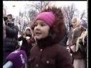 София рассказывает стих у Деда Мороза на руках