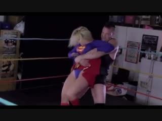 SUPER GIRL BEARHUG