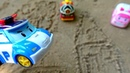 Видео для детей. Робокары рисуют на песке. Игры в песочнице.