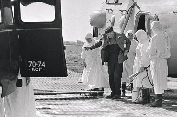 История борьбы советских врачей с чумой и холерой.