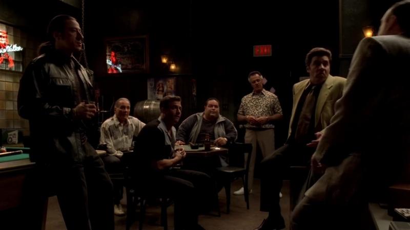 (Клан Сопрано S04E10_11) Тони вешает лапшу Семье про Ральфа