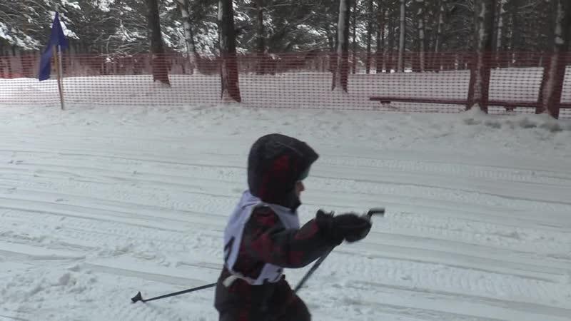 На оздоровительной базе «Ирбис» прошло открытое первенство города по лыжным гонкам «Замороженная гонка». В соревнованиях приняли