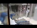 В  Черноголовке местные  умельцы украли банкомат за 15 сек.