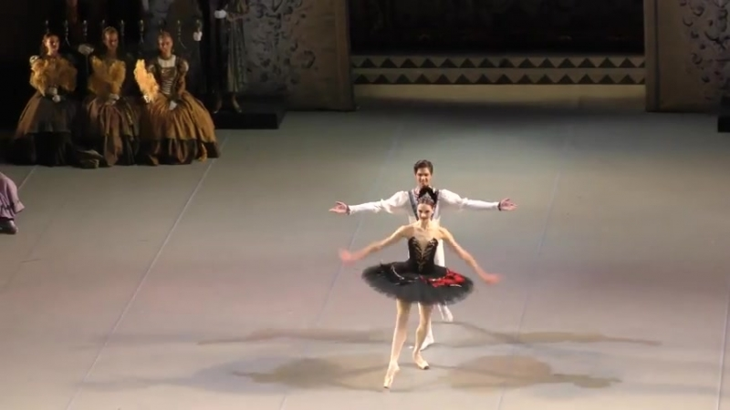 (6) 06.10.2018 Mikhailovsky, Julia Lukianenko debut Swan Lake Act III Odile Siegfried variation coda