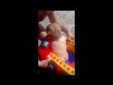 Первое знакомство сыночка с морем:)))