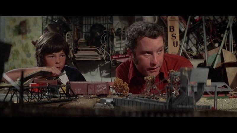 Близкие контакты третьей степени(1977)