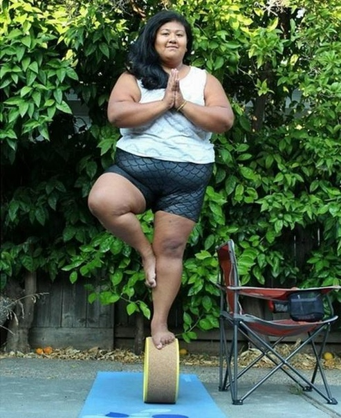 Девушки в йоге – это дико смешно Знакомая год назад стала ходить на йогу. Ну йога, и йога, мне-то что Я даже ей подарил коврик на день рождения. Но постепенно с Леной начали происходить