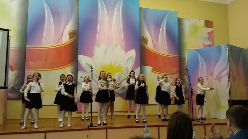 Песня Зажигаем звёзды (младшая вокальная группа учащихся СШ 11 г.Новополоцка)