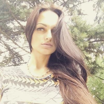 Натали Мельник