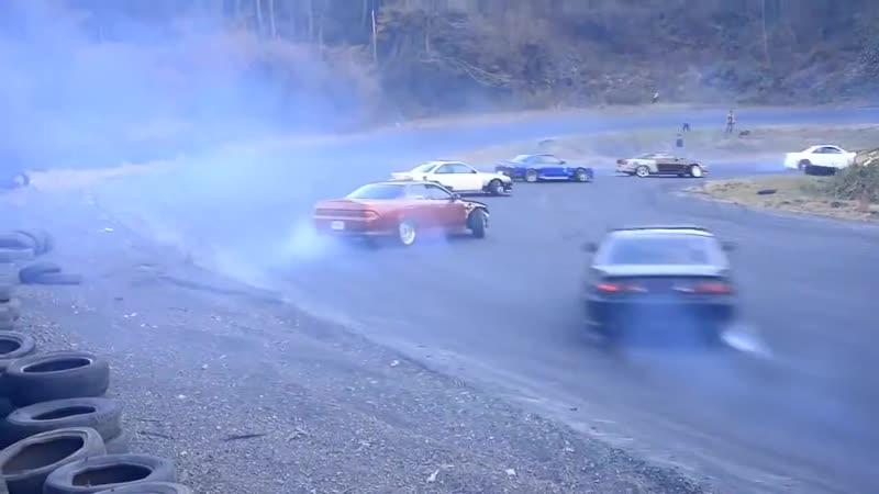 Drift в 34 машины