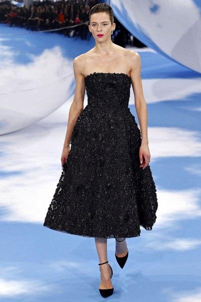 Моделей ажурных платьев спицами с описанием и