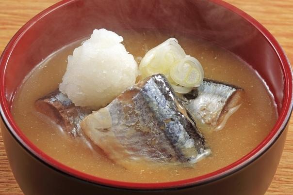 Суп из сайры Есть в народе такое простое, вкусное и недорогое блюдо--суп из сайры. Кто же знал, что оно станет причиной разлада в одной российской семье. Дано: муж и жена, мои знакомые. И хотя