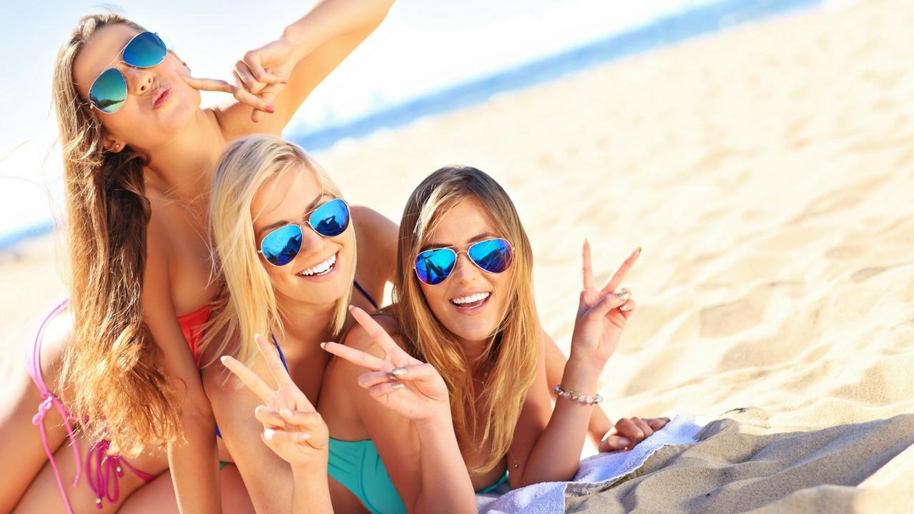 выбор рациональный наши девушки в турции на пляже в клубе секс онлайн бабушки