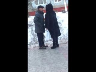 Бабка перечиталась в одноклассниках про 200 погибших))