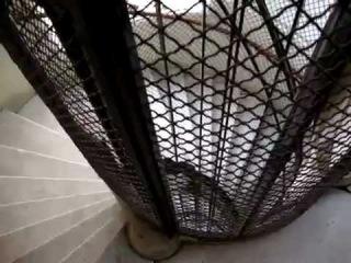 Маленький круглый лифт