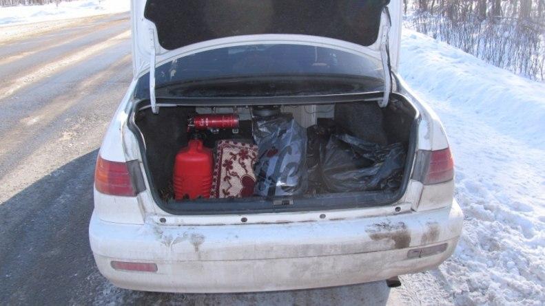 Полицейские нашли в машине томича наркотики