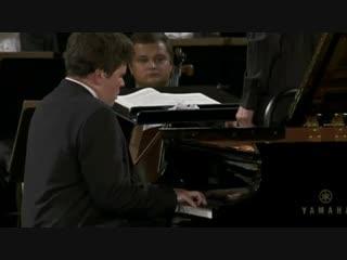Денис Мацуев исполняет Концерт для фортепиано с оркестром №1 И. Брамса