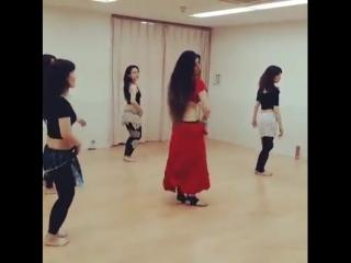Belly dancer - alex delora